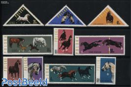 Horses 10v