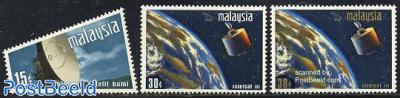 Satellites 3v
