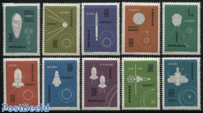Space flights 10v